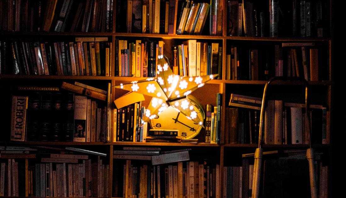 Beste Astrologie-boeken: Top 10 Aanraders [Inspirerende Lijst]