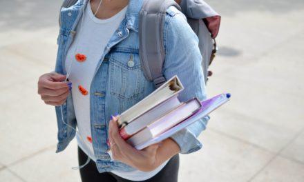 Studieboeken Verkopen: Beste Opties & Opkopers [2021]