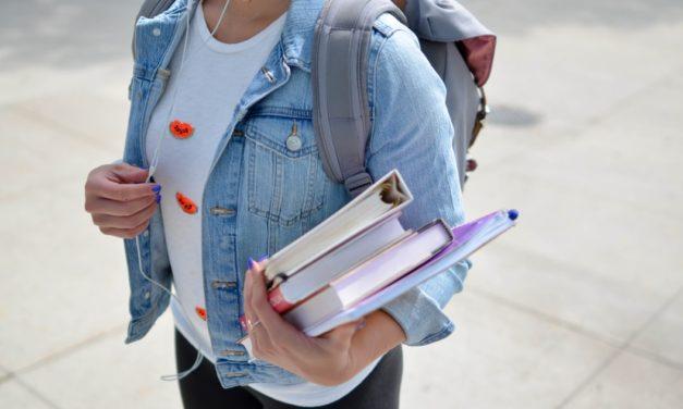 Studieboeken Verkopen: Beste Opties & Opkopers [2020]